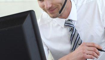 Curso Gratuito Postgrado en Atención Telefónica en la Empresa: Atención al Cliente en Inglés (Doble Titulación URJC & Educa + 1 Crédito ECTS)