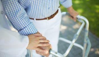Curso Gratuito Auxiliar de Enfermería en Geriatría + Gerocultor para Residencias de Mayores (Doble Titulación + 20 Créditos tradicionales LRU)