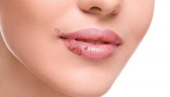 Curso Gratuito Curso Práctico en Cosmetología + Especialización en Cosmética y Dermofarmacia (Doble Titulación + 8 Créditos ECTS)