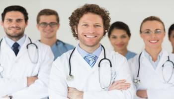 Curso Gratuito Especialista en Cuidados Auxiliares de Enfermería (Doble Titulación URJC & Educa + 1,5 Créditos ECTS)