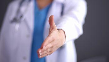 Curso Gratuito Postgrado en Habilidades Directivas, Sociales y Comunicativas para Profesionales Sanitarios (Doble Titulación con Reconocimiento de Oficialidad por la Administración  Pública – ESSSCAN)