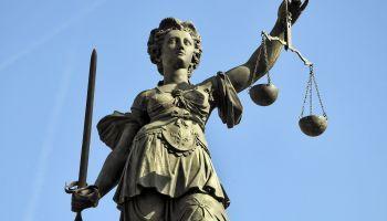 Curso Gratuito Perito Judicial en Paleografía y Escritura Hispánica + Titulación Universitaria en Elaboración de Informes Periciales (Doble Titulación + 4 Créditos ECTS)
