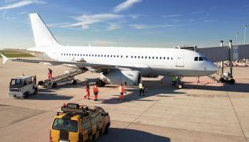 Curso Gratuito Curso de Operaciones Aeroportuarias – Agente de Handling + Curso de Inglés Aeronáutico (Doble Titulación + 4 Créditos ECTS)