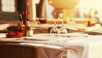Curso Gratuito Especialista en Dirección Hotelera: Operaciones y Procesos + Curso Universitario de Dirección de Restaurantes (Doble Titulación + 4 Créditos ECTS)