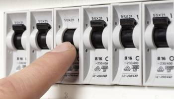 Curso Gratuito ELEE0108 Operaciones Auxiliares de Montaje de Redes Eléctricas (Dirigida a la obtención del Certificado de profesionalidad a través de la acreditacion de las Competencias Profesionales R.D. 1224/2009)