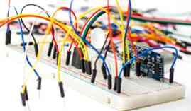 Curso gratuito Operaciones Auxiliares de Montaje y Mantenimiento de Equipos Eléctricos y Electrónicos (Dirigida a la Acreditación de las Competencias Profesionales R.D. 1224/2009)
