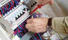 Curso Gratuito ELER12 Mantenimiento y Reparación de Máquinas y Equipos Eléctricos