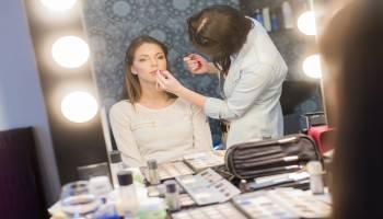 Curso Gratuito IMPE0209 Maquillaje Integral (Dirigida a la obtención del Certificado de profesionalidad a través de la acreditacion de las Competencias Profesionales R.D. 1224/2009) (A Distancia)