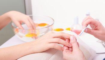 Curso gratuito Cuidados Estéticos Básicos de Uñas (Online)