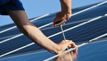 Curso Gratuito Curso Universitario de Montaje Mecánico en Instalaciones Solares Fotovoltaicas (Titulación Universitaria + 2 ECTS)