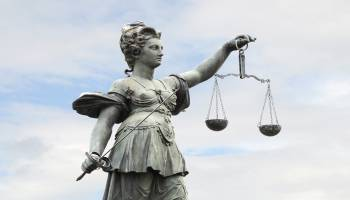 Curso Gratuito Perito Judicial en Acupuntura + Titulación Universitaria en Elaboración de Informes Periciales (Doble Titulación + 4 Créditos ECTS)