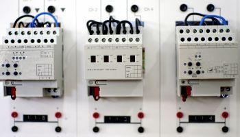 Curso gratuito Planificar y Gestionar el Montaje y Mantenimiento de Redes Eléctricas de Baja Tensión (Online)